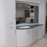 وحدة حمام شركة توب لاين لأعمال الكوريان و الكومباكت Bathroom unit topline for corian and compact HPL