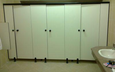 قواطيع حمامات كومباكت compact HPL
